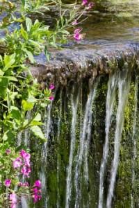 landscape gardener- water feature