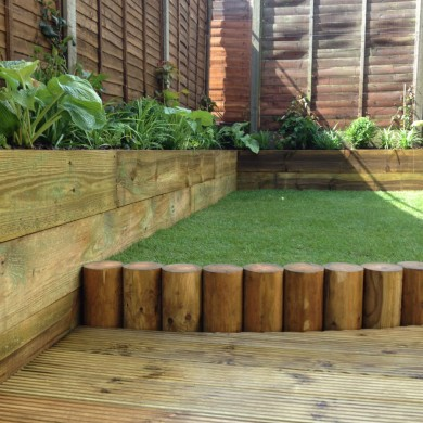 Contemporary landscape gardener Tulse Hill South London