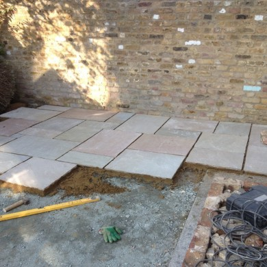 Blackheath Gardener paving