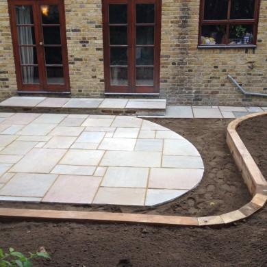 Gardener Blackheath - paving & retaining sleeper walls